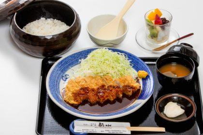 菊水の「みそかつ定食」1100円(税抜)