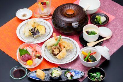 「お魚の天ぷらのコース」1,800円+「プラスおさしみ」500円=2,300円(税抜)