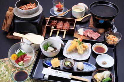 おまかせコース「夜膳(よるぜん)」2200円(税抜)